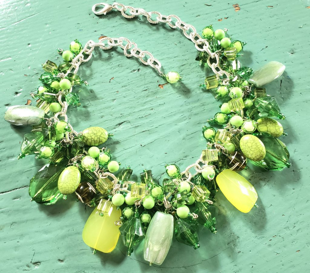Cluster necklace with green beads